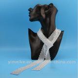 2017人の普及した水晶長いネックレスのセーターの鎖の宝石類のスカーフの女性のネクタイ