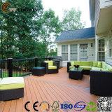 Alta qualidade e Decking ao ar livre bonito do projeto WPC/assoalho ao ar livre composto para a venda