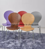 レストランのための多色刷りのスタッキングHPLの椅子