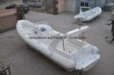 Costilla inflable de 27 pies Barcos de China Rib semi-rígida con motor fuera de borda