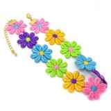 La corde fabriquée à la main colorée de crochet fleurit des colliers de foulard pour des femmes