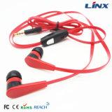 Nuevos auriculares del cable plano del estilo de la muestra libre con el Mic