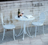 Sale caldo Antique White Foldable Table e Chairs