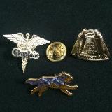 カスタマイズされたOEMサービス記念品の安い金属車のバッジ、バッジメーカー、印刷されたバッジ