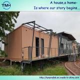 Casa prefabricada del envase en el diseño casero