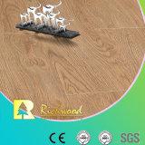 12.3mm E0 HDF a gravé le plancher stratifié bordé ciré par chêne