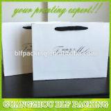 Bolsas de papel baratas con las manijas (BLF-PB181)