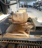 Máquina de gravura de madeira da coluna do CNC dos multi eixos