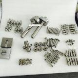 Профессиональный металл обрабатывая части CNC подвергая механической обработке изготовленный на заказ согласно чертежу