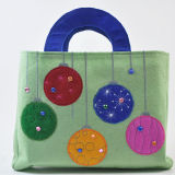 刺繍されたPattern Felt Handle BagかFelt Shopping Bag