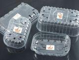 Produtos plásticos que fazem a máquina com empilhador do robô
