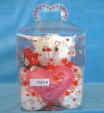 印刷(ギフト用の箱)と包んでいる甘いキャンデーの誕生日プレゼントペット