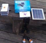 Sistema di illuminazione della casa LED del rifornimento di energia solare con controllo del PWB