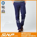 Pantaloni casuali dell'uomo classico del Diritto-Piedino