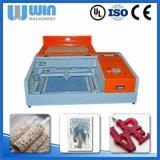 Laser-Papierausschnitt-Namensschild-Gravierfräsmaschine des Minischreibtisch-40W