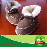 Winter-warme echte Schaffell-Baby-Schuhe