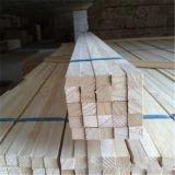 Paulowniaの木製の右の三角形の材木