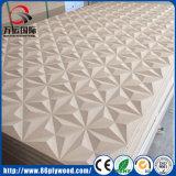 El panel de pared con textura 3D sin procesar MDF de la placa base para la decoración de interiores