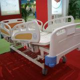 (CE/ISO) 3クランクの手動(側面柵の角度の表示器)病院用ベッドか医学のベッド