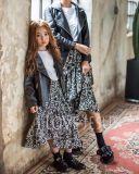 Lederne Mantel Mamma und Daugter Familie-Schauen