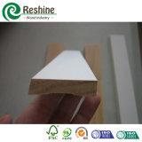 Moldeado preparado del Baseboard de madera sólida del pino