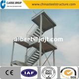 Escalier de structure métallique de Qualtity/constructeur en aluminium élevés d'escalier