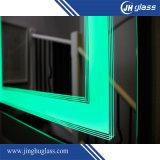 Espelho iluminado diodo emissor de luz fixado na parede do banho do luminoso com frame de alumínio