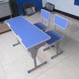 Mesa e cadeira dobro com boa qualidade