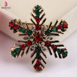 Juwelen van de Broche van de Sneeuwvlok van Kerstmis van de manier de Elegante Kleurrijke Kristal Beslagen