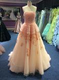 Vestido de noite lindo para o casamento e o baile de finalistas