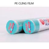 La película del PE, se aferra la película plástica del alimento, película plástica en el rodillo