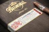 Il foglio per l'impressione a caldo caldo luminoso dell'oro splendido ha stampato sul pacchetto della sigaretta del primo grado