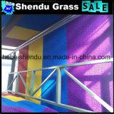 別のカラーの3cmの人工的な草を使用して幼稚園