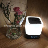 Haut-parleur sans fil portatif sans fil LED Night Light Alarm Clock