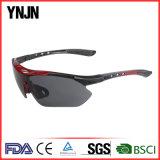 Nouveau Mens de recyclage de lunettes de soleil de sports de la qualité UV400 de produits (YJ-A0402)
