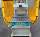 Máquina cortando para Metalware