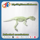 Зарево пластичного динозавра высокого качества каркасное в темной игрушке
