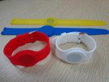Bracelet imperméable à l'eau à la mode d'IDENTIFICATION RF en caoutchouc de silicones