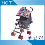 Прогулочная коляска младенца новой модели с колесами шарнирного соединения может вращать свободно оптом