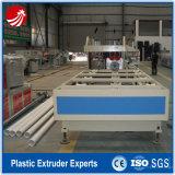 Línea plástica tubo de gas del PVC que hace la máquina