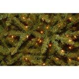 7 ft.-funkelnder Kiefer-künstlicher Weihnachtsbaum mit traditionellen weißglühenden Lichtern (MY100.097.00)