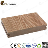 Водоустойчивая древесина обшивает панелями напольный Decking WPC
