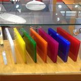 100%の新しい材料はアクリルシート、プレキシガラスシートを投げた