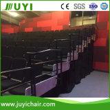 Tissus montés au sol Télescopique Bleachers manuels ou motorisés avec chaise en mousse Jy-768f