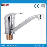 Miscelatore del rubinetto della cucina dello zinco montato piattaforma con il breve becco