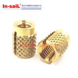 押プラスチックのための通された黄銅の挿入