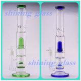 De langere en Kleurrijke Rokende Waterpijp van het Glas met de Kam Perc van het UFO en van de Honing