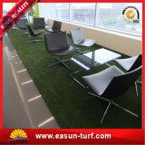 普及した安い人工的な草の泥炭の紫外線抵抗のPEの景色の合成物質の泥炭
