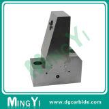 ブロックセット型の部品を取付ける機械装置の動きのコンポーネント
