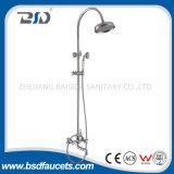 Tête de douche réglée de la douche fixée au mur en laiton antique C/W de qualité de la Chine
